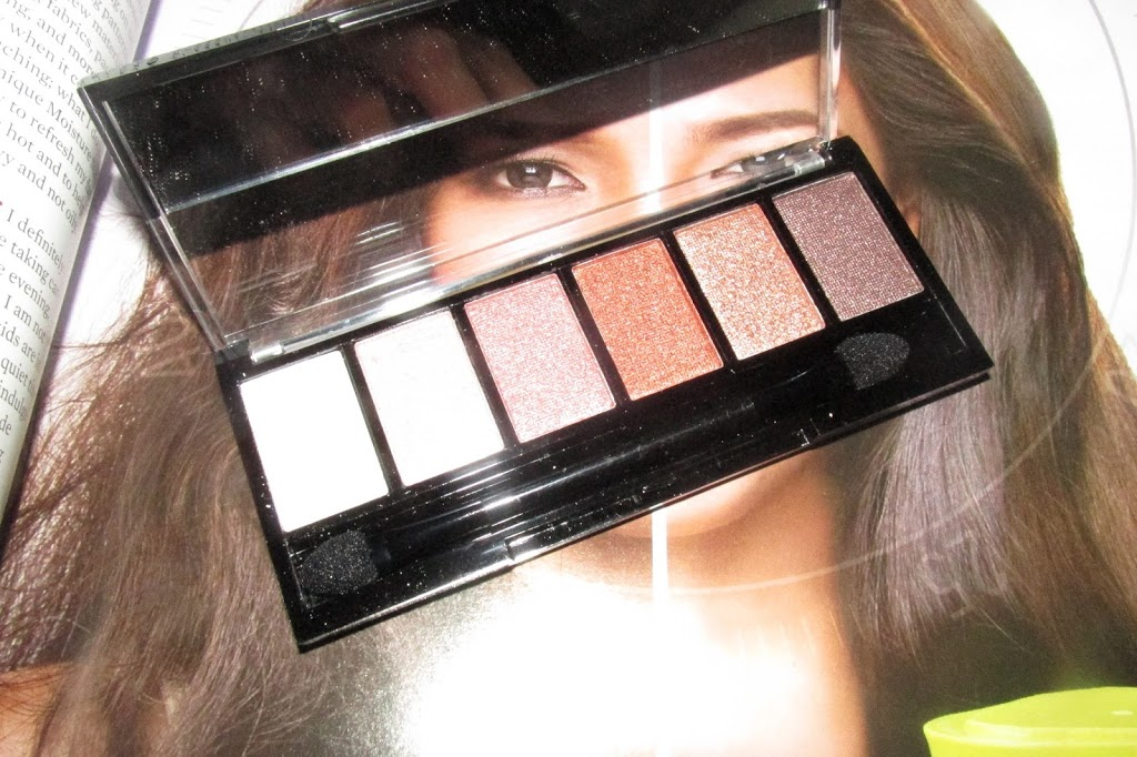 REVIEW: Ever Bilena Eyeshadow Palette in PINK